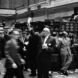 Featured ny stock exchange traders floor lc u9 10548 6 0b6f5a792f