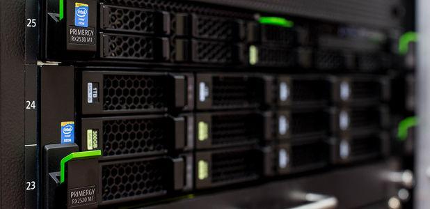 Full rack servers fujitsu primergy 3 a19fb435d9